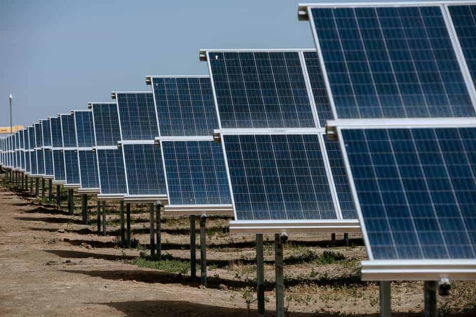 Самоочищающиеся солнечные батареи фото